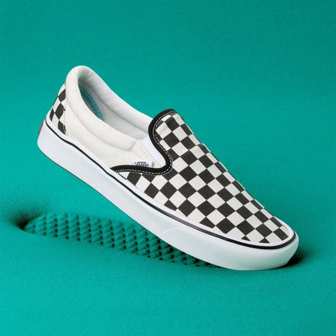boty VANS - Comfycush Slip-On (Classic) Checkerboard/Tr (VO4)